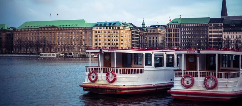 // Hamburg
